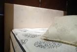 SLEEPSELECT × Swarovskiコラボ企画。1モチーフに838個のSwarovskiクリスタルを用いた細やかなデザインが魅力です。