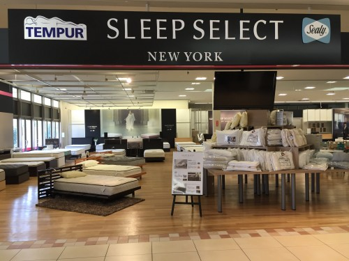 日本最大級のSpeciality Bedding Storeオープン!SLEEPSELECT NEW YORK、Isesaki Garden's店です。